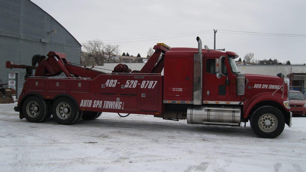 Medium towing representing Auto Spa Towing Ltd.