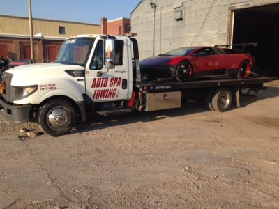 lambo towing representing Auto Spa Towing Ltd.